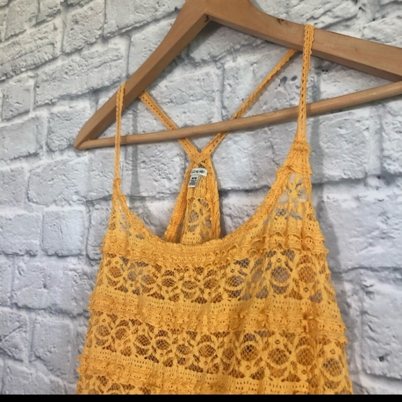 I love H81 Yellow/ Gold Lace Tank Top